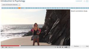 "Dozentin Lauren Castellano zeigt Trugschlüsse bei Forschungsergebnissen anhand der ""Beach Correlation Study"" auf (Udacity-Kurs ""Introduction to Psychology"", Lektion 02: Research Methods)"