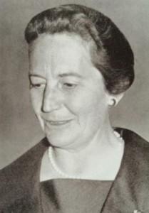 Liesel Beckmann, die erste Professorin der THM, um 1960 (Foto: Deutsches Handwerksinstitut e.V., München)