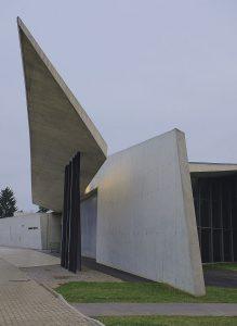 Feuerwehrhaus für das Vitra-Werk von  Zaha Hadid, 1993 (Foto: Wikipedia)