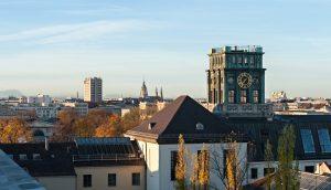 Blick von der Dachterrasse der TU München. Foto: Uli Benz / TU Muenchen
